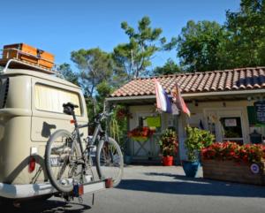 Camping Le Parc : Camping de qualité dans le Var